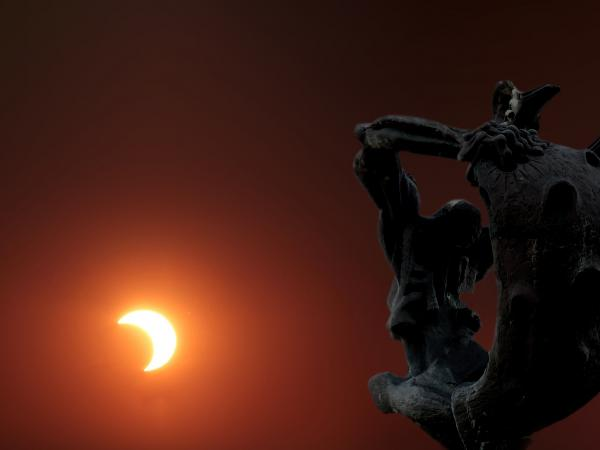 Eclipse Solar desde Plaza Virgilio