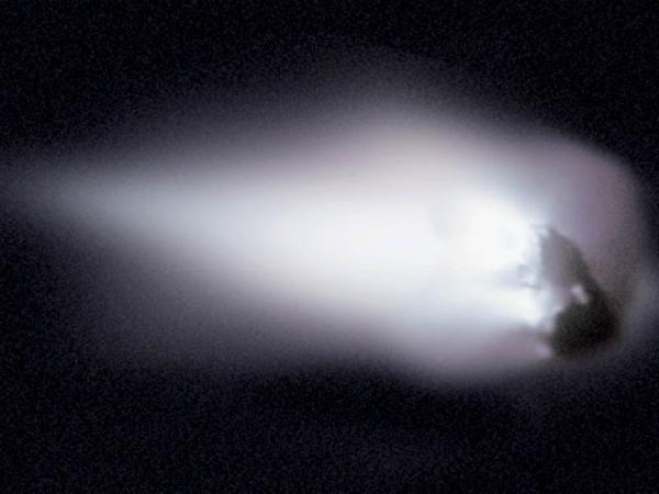 Fotografía del Cometa Halley obtenida por la nave Giotto